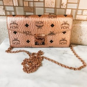 Auth. MCM Rose Gold Visetos Wallet On Chain Bag